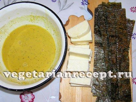 Кляр, сыр и полоски нори