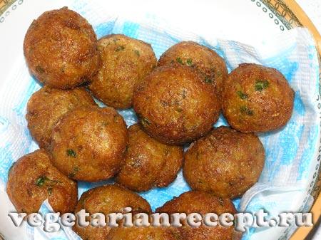 Индийская блюдо - шарики из цветной капусты и картофеля