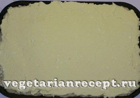 Приготовление песочного творожного пирога без яиц
