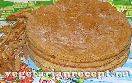 Вегетарианский торт. Коржи с обрезанными краями (фото)