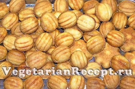 Печенье орешки со сгущенкой (фото)
