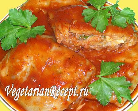 Голубцы вегетарианские в томатном соусе  (фото)