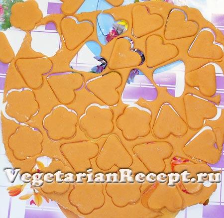 Вырезание печенья (фото)