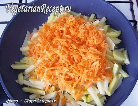 Обжаривание картофеля с морковью (фото)