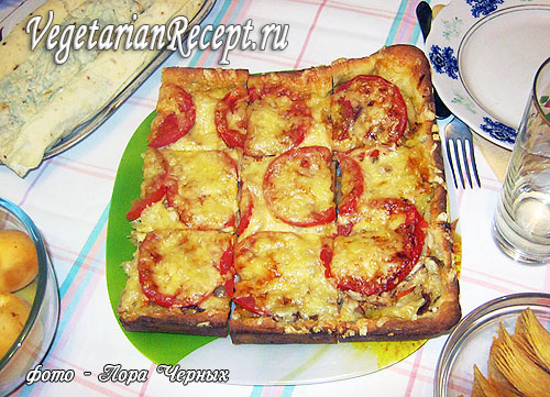 Пирог-пицца с картошкой и грибами (фото)
