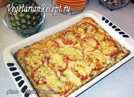 Бездрожжевой пирог-пицца с картошкой и грибами (фото)