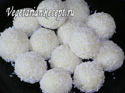 Сладкие кокосовые шарики. Фото-рецепт.