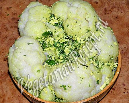 Фарширование цветной капусты сыром и зеленью