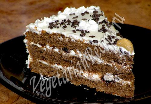 Торт из коржей со сгущенкой, со сметанным кремом