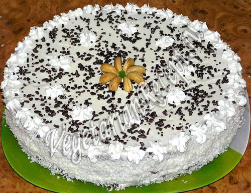 Торт Нежность из коржей со сгущенкой