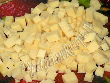 Сыр для салата с ананасом