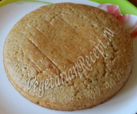 бисквит для клубнично-кокосового десерта