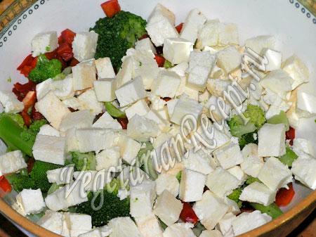 брокколи, перец, яблоко, сыр