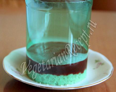 приготовление клубнично-кокосового десерта