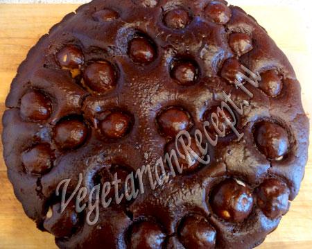 Шоколадный торт без яиц с шоколадной глазурью