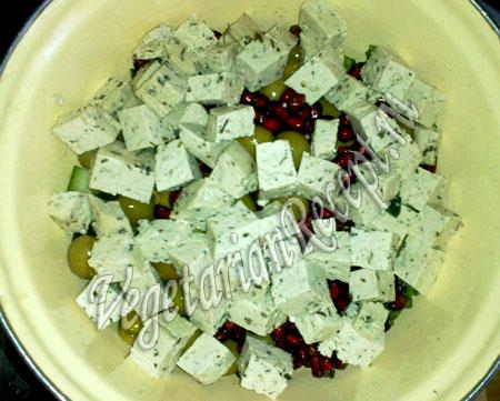 приготовление салата с тофу