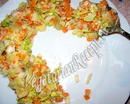 салат в виде подковы