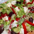 салат с запеченным перцем и сыром рикоттой