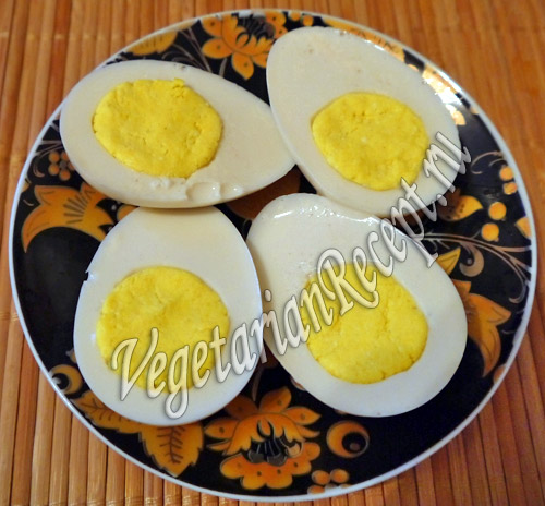 вегетарианские вареные яйца