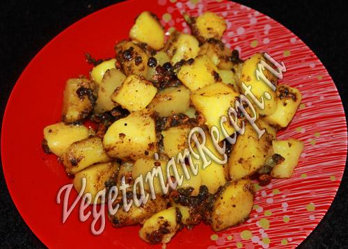 острый картофель с чечевицей