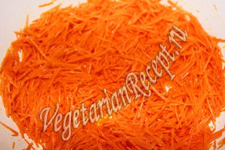 тушеная фасоль с овощами - морковь