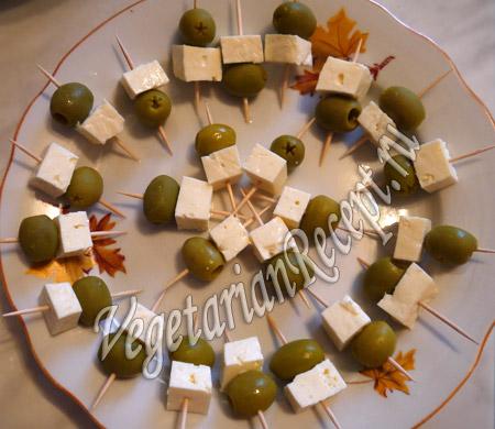 оливки с сыром