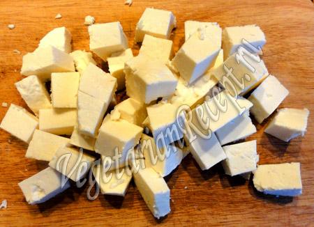 запеченный картофель с овощами - сыр
