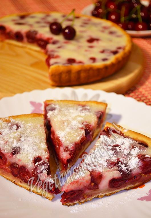 Рецепт пирога с вишнями с фото