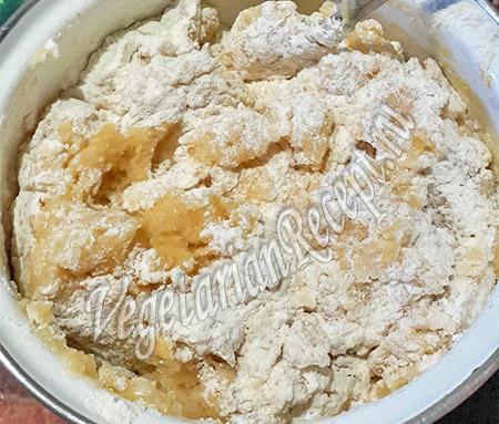 замешиваем песочное тесто для печенья