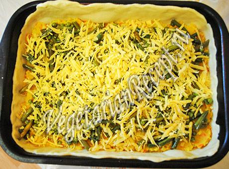 посыпаем стручковую фасоль сыром
