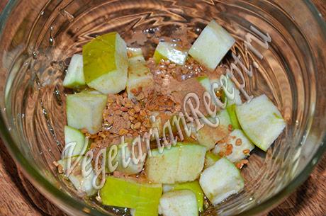 яблоки с медом и пряностями
