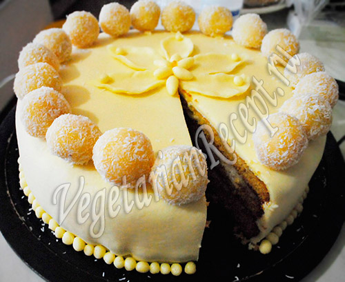 торт с лотосом из мастики