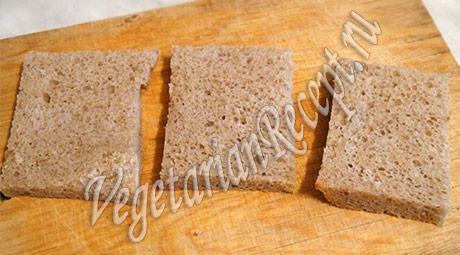 обрезанный для тостов хлеб