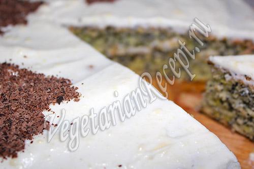 маковый бисквит в глазури
