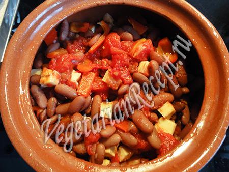 фасоль в горшочках в духовке