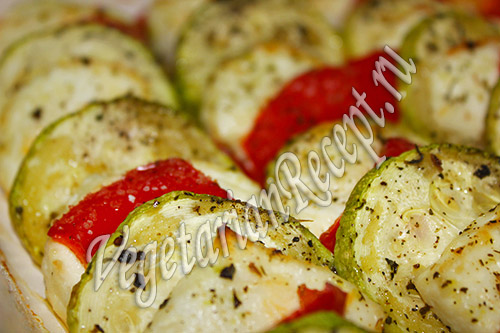 кабачки запеченные с сыром и перцем