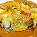 запеченный картофель с яблоками в духовке