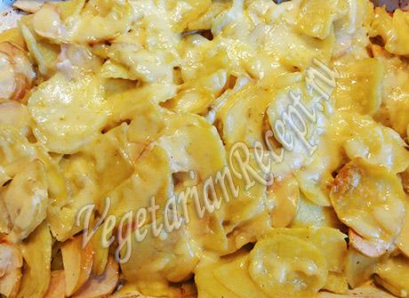 картофель с яблоками в духовке
