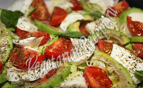 моцарелла с помидорами рецепт