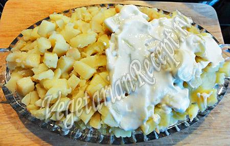 слой салата из картофеля