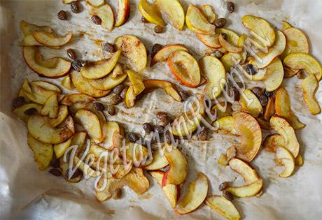 высушенные яблоки для сыроедческого десерта