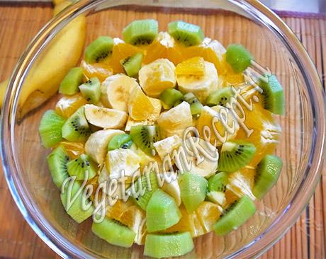 готовим трайфл - фрукты