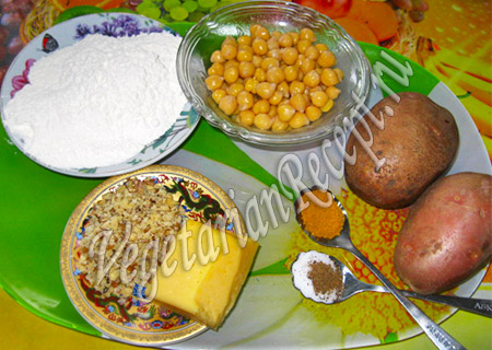 нут, сыр, картофель и мука