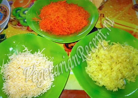 натертые для салата овощи и сыр