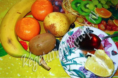 фрукты - мандарины, банан и другие