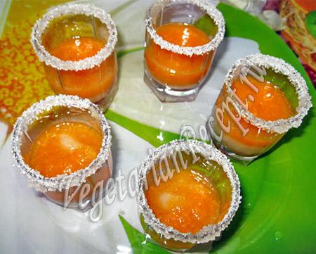 Слой смузи из мандаринов