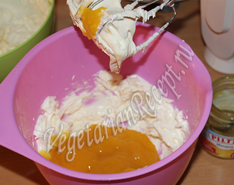 творожно-манговый крем для торта Арбуз