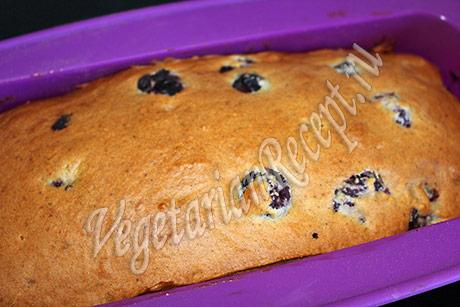 постный вишневый кекс - фото