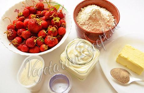 ингредиенты для пирога с клубникой