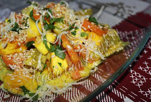 кабачки тушеные с морковью и сыром